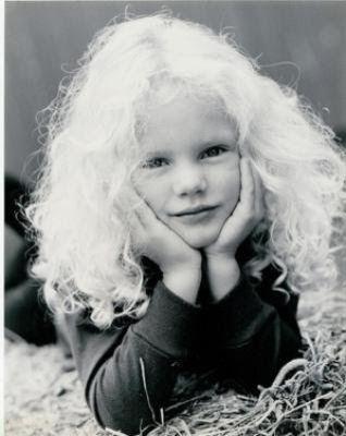 Poze Taylor Swift in copilarie