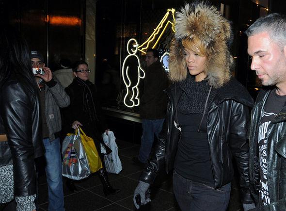 Rihanna Winter Gloves
