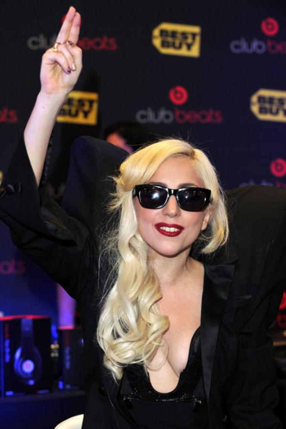 Lady Gaga Rectangular Sunglasses