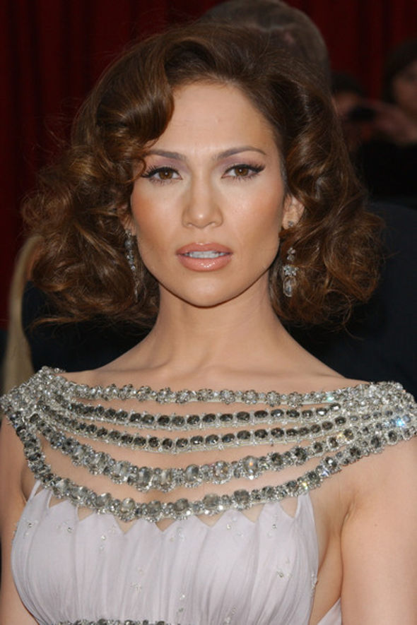 Jennifer Lopez Medium Curls