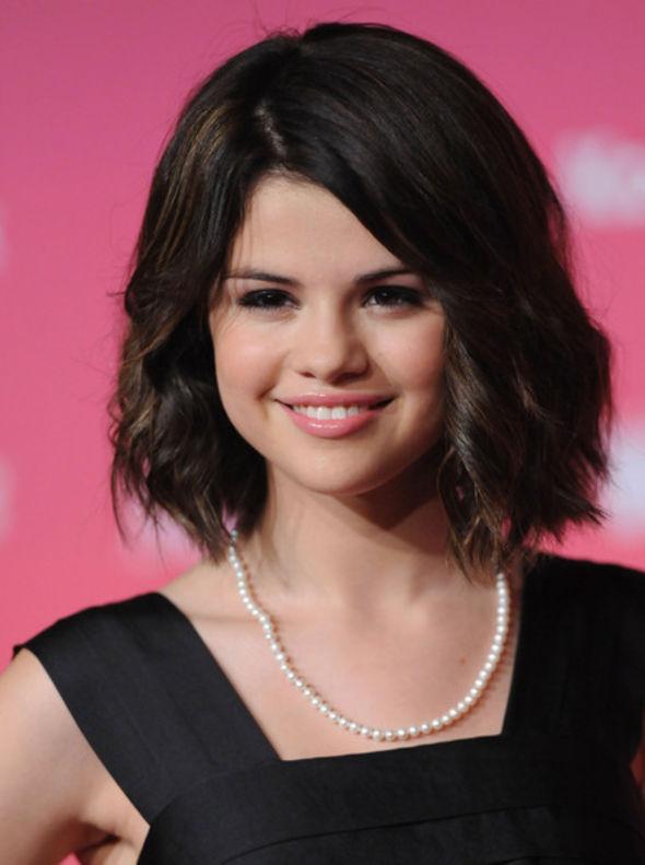 Selena Gomez Cultured Pearls