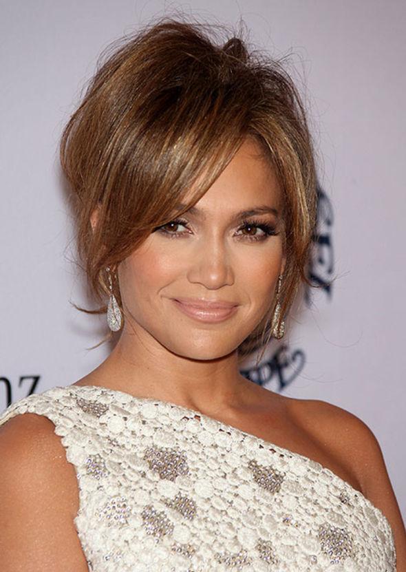 Jennifer Lopez Cu Breton Lung Coafuri