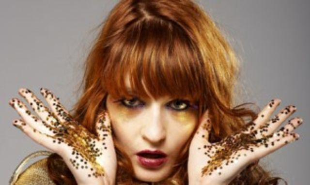 """Florence and The Machine au lansat """"Queen of Peace & Long and Lost"""""""