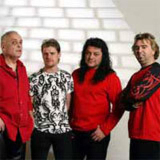 Trupa Compact va lansa un album de concert in decembrie