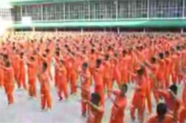 Detinutii din Filipine revin cu `Gloria`