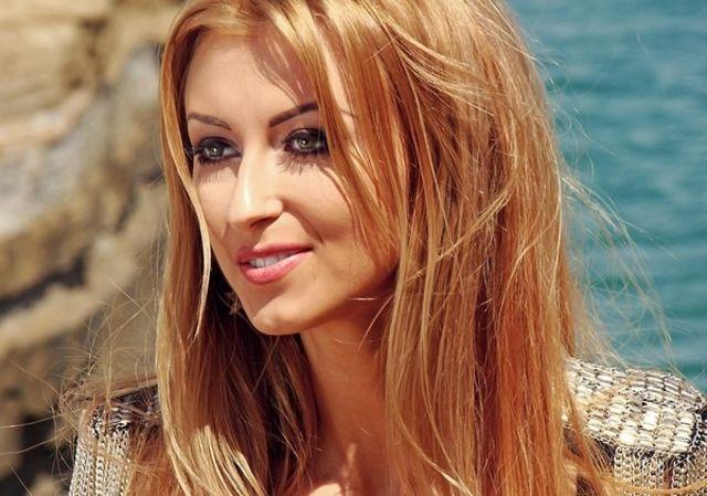 Andreea Balan filmari clip Trippin