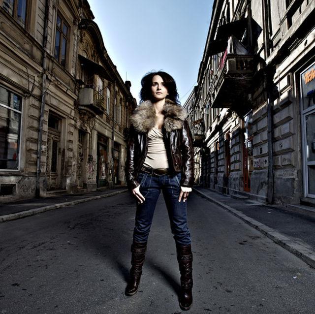 Poze Madalina Manole