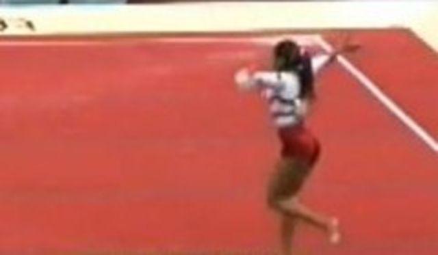 Campionatul Mondial de Gimnastica din Olanda, pe ritmuri de manea (video)