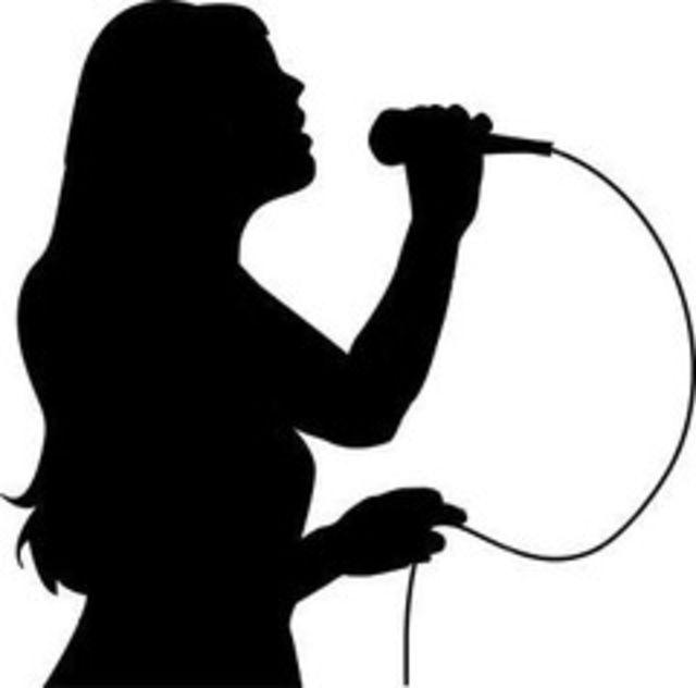 Esti ZUrliu? Hai la cel mai mare karaoke din Romania