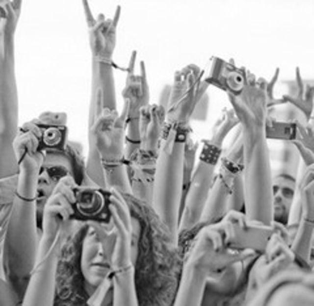 Faci poze? Hai la B'estfest 2011