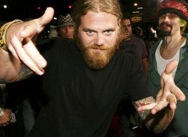 MTV difuzeaza Best Of Jackass in memoria lui Ryan Dunn