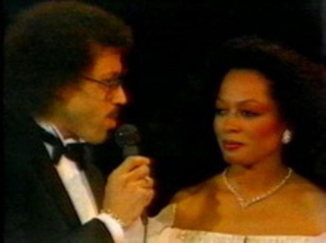 Lionel Richie: `Endless Love`, un duet dezastruos