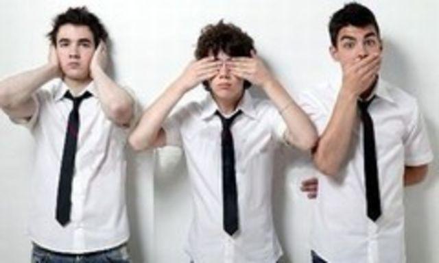 Jonas Brothers nu se grabesc cu noul album