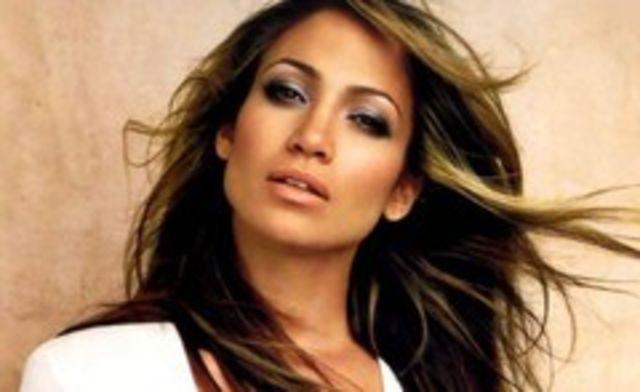 Jennifer Lopez pregateste o compilatie Greatest Hits