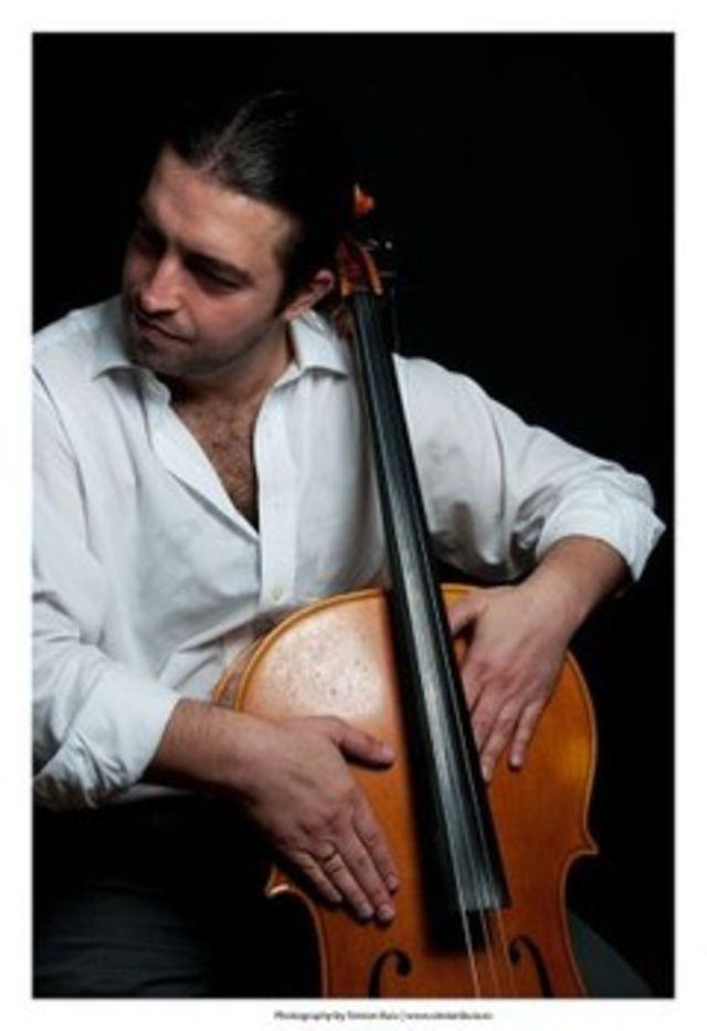 Concert de violoncel Adrian Naidin la Liceul Miguel de Cervantes Bucuresti