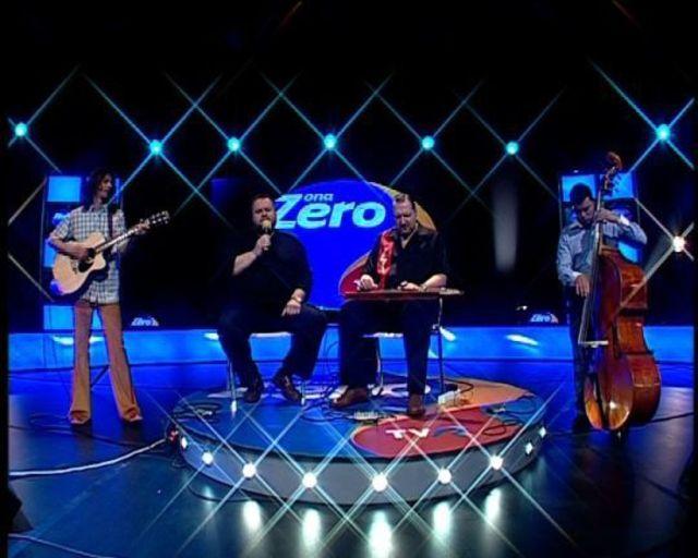 Cristi Tabara canta cu A. G. Weinberger la emisiunea Zona Zero