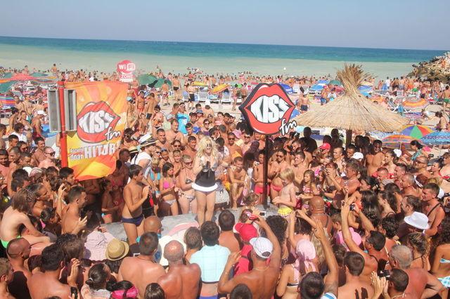 poze Loredana la Kiss FM