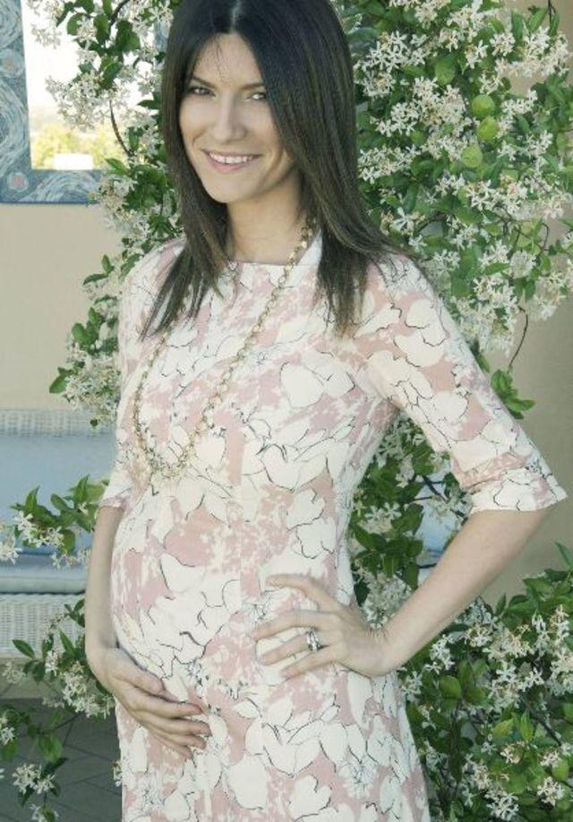 Laura Pausini va deveni mamica