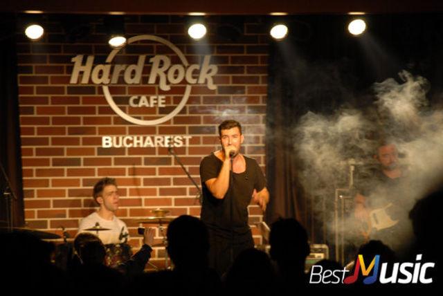 Poze Smiley in Hard Rock cafe