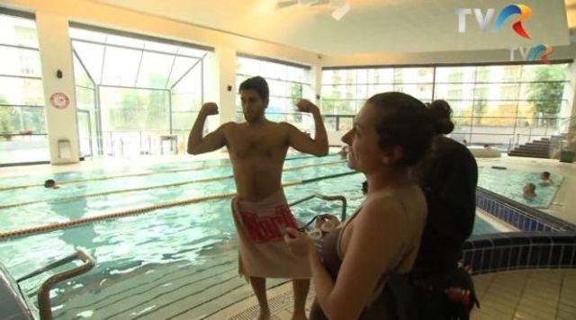Eurovision 2013: Cezar Ouatu filmeaza cartea de vizita a Romaniei in chiloti (video)