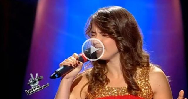 Vocea Romaniei: Denisa Mosincat a intors toate scaunele (video)