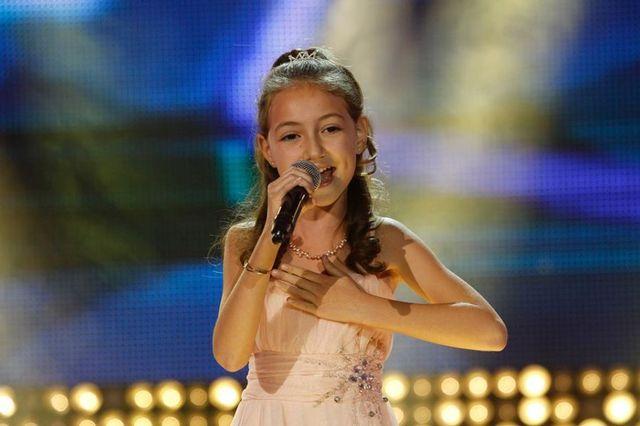 Next Star: Elena Hasna a castigat Finala de Popularitate (video)