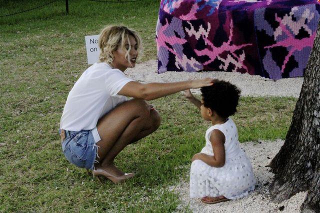 Beyonce, Jay Z si Blue Ivy