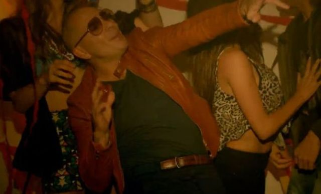 Enrique Iglesias ft. Pitbull  - I'm A Freak (videoclip nou)