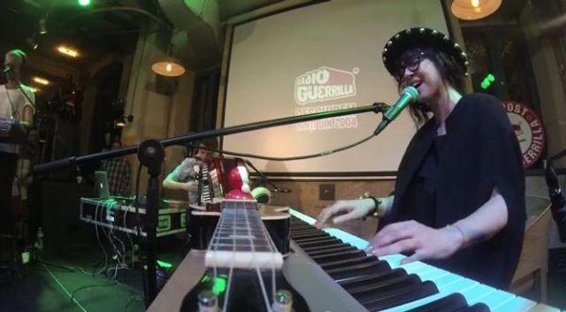 Alexandrina la Guerrilive - concert integral (video)