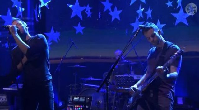 Coldplay - Always in my head / Magic live @ Jimmy Fallon (video)