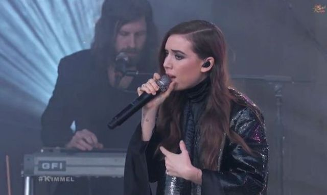 Lykke Li - No Rest For the Wicked / No One Ever Loved live @ Jimmy Kimmel (video)