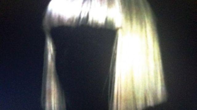Sia, primul #1 in Billboard 200 cu 1000 Forms Of Fear