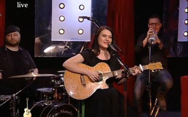 Alina Manole - Fix In Seara Asta live @ Omul cu chitara (video)