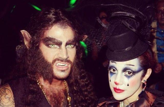 Ce poze si-au mai pus vedetele pe Facebook: editia de Halloween 2014