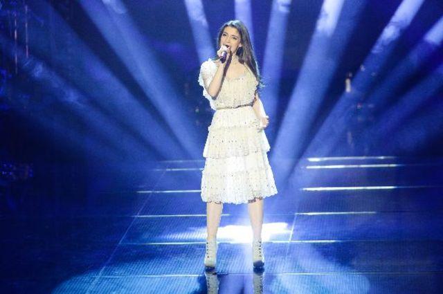 Vocea Romaniei, sezon 4: vezi prestatiile din primul live (video)