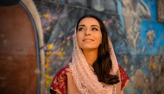 Alexandra Usurelu a mers pana la capatul lumii pentru filmarile noului sau videoclip!
