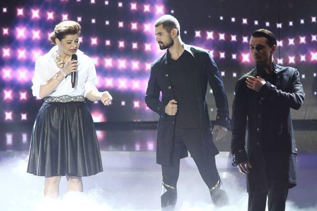 X Factor, sezon 4: Vezi prestatiile din a doua gala live si cine merge in semifinala (video)