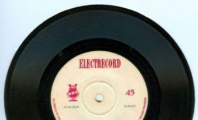 Albumul zilei oferit de Electrecord: Emilia Petrescu