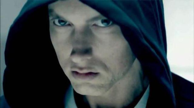 "Eminem a lansat videoclipul piesei ""Detroit Vs. Everybody"""