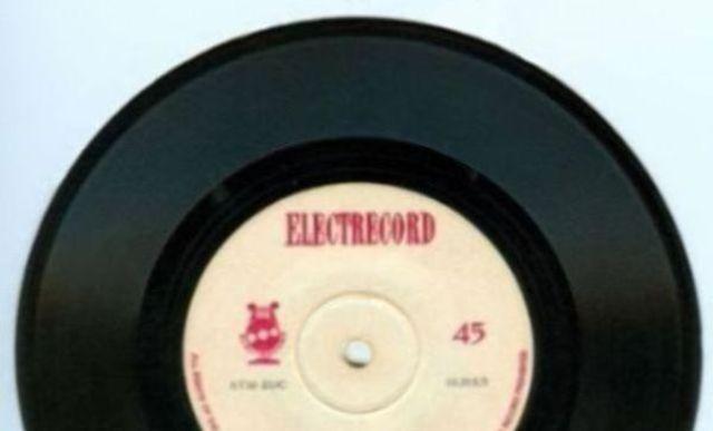 Albumul zilei oferit de Electrecord:Various Artists - Culegere de cantece romanesti 4