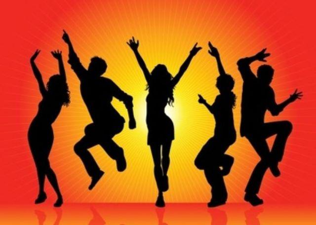 Cele mai bune videoclipuri cu dansuri pe ringul de dans (Lista)