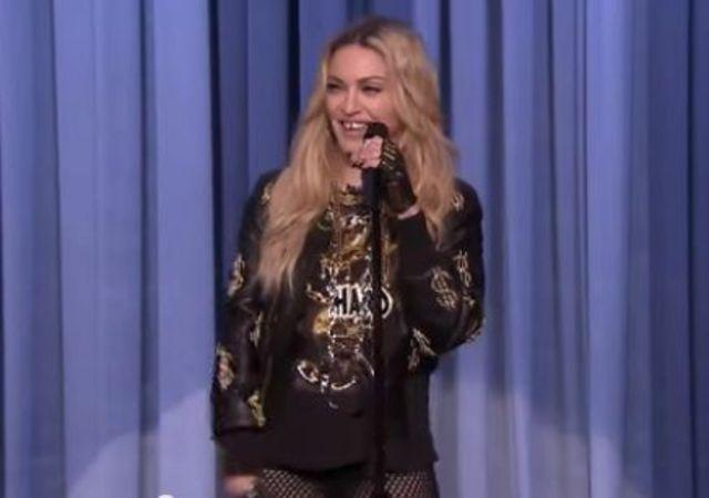 Madonna a facut stand-up la emisiunea lui Jimmy Fallon (Video)