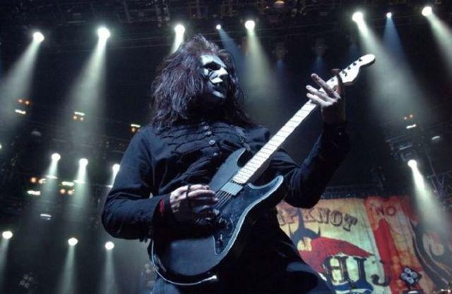Jim Root a inceput sa compuna piese pentru viitorul album Slipknot