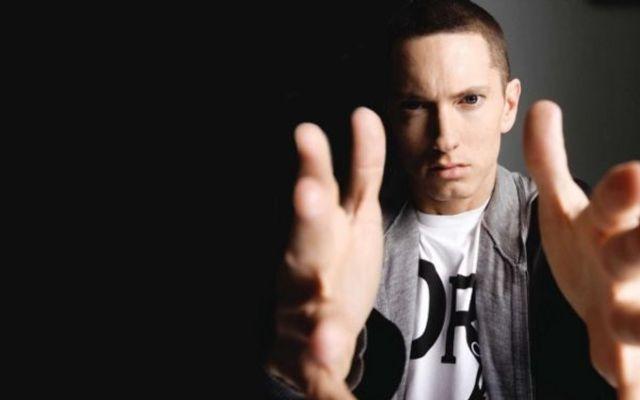 """Eminem va lansa primul single de pe soundtrack-ul filmului """"Southpaw"""" (teaser)"""