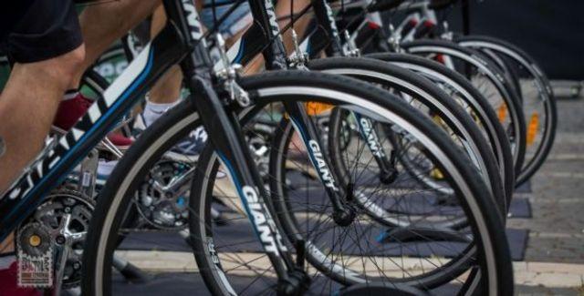 Peste 1500 de biciclisti s-au alaturat primei editii a Bicycle Music Festival