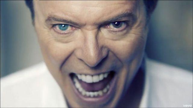 "David Bowie compune piese pentru musicalul ""Spongebob Squarepants"""