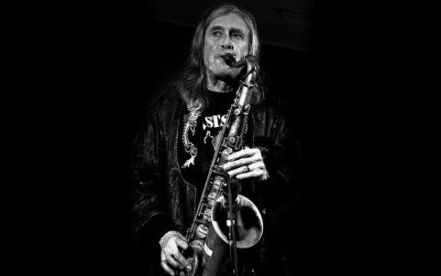 Saxofonistul trupei The Stooges, Steve Mackay, a decedat