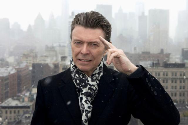 Vedete din intreaga lume isi exprima regretul pentru pierderea lui David Bowie