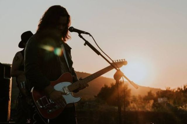 "Bosquito au lansat un live clip pentru piesa ""Explozie Solara"" (video)"