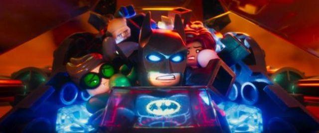 """Loredana ii da voce Barbarei Gordonin versiunea dublata a mult asteptatei aventuri animate """"LEGO Batman: Filmul"""""""